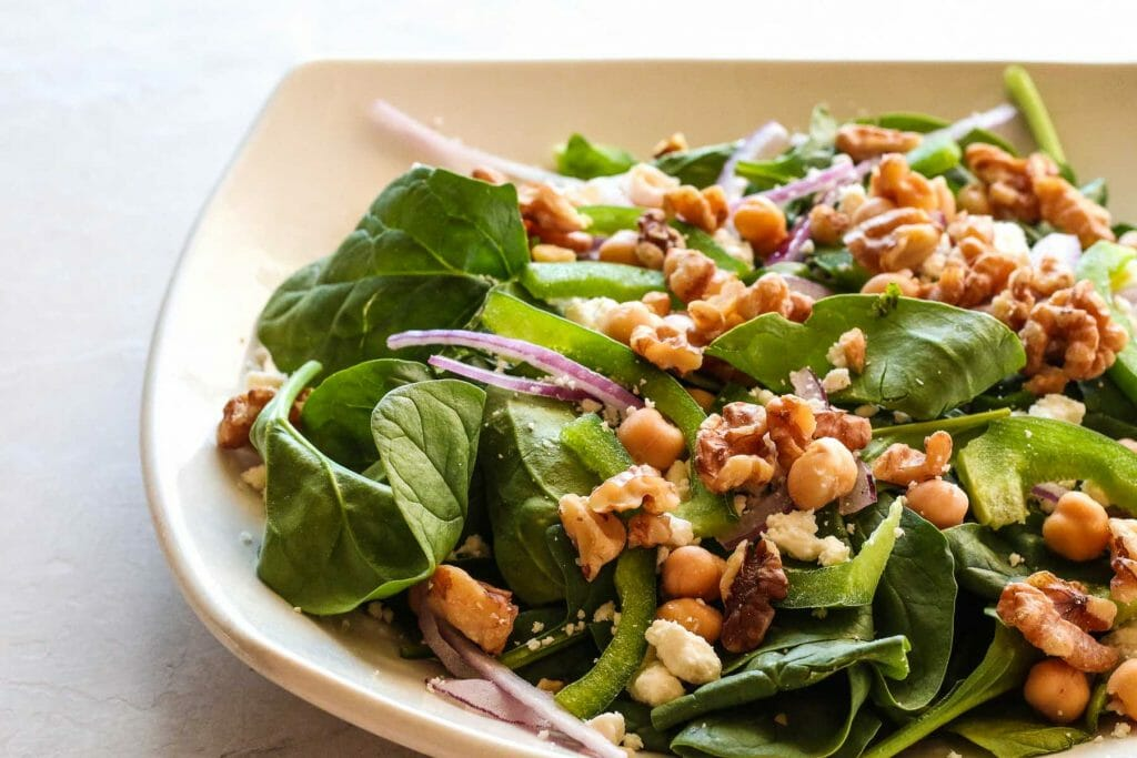 spinach salad chickpeas lunch